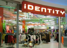 Fashion clothing store Identity